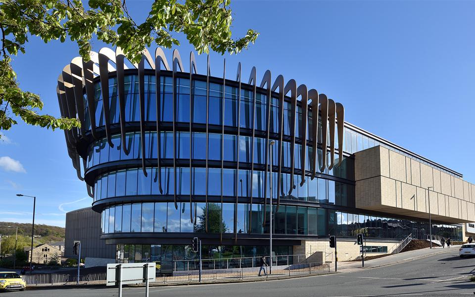 University of Huddersfield - Wikipedia